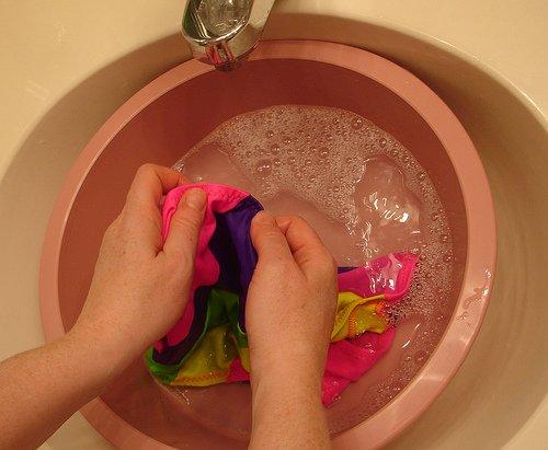 washing your bathing suit